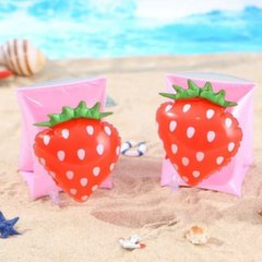 Ujumiskätised Maasikas